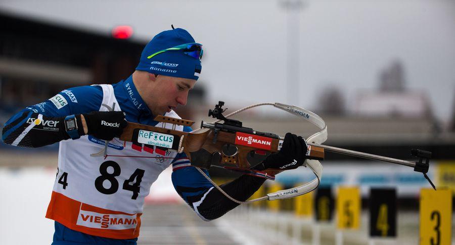 Норвежский биатлонист Йоханнес Бё одержал победу спринт наэтапеКМ воФранции