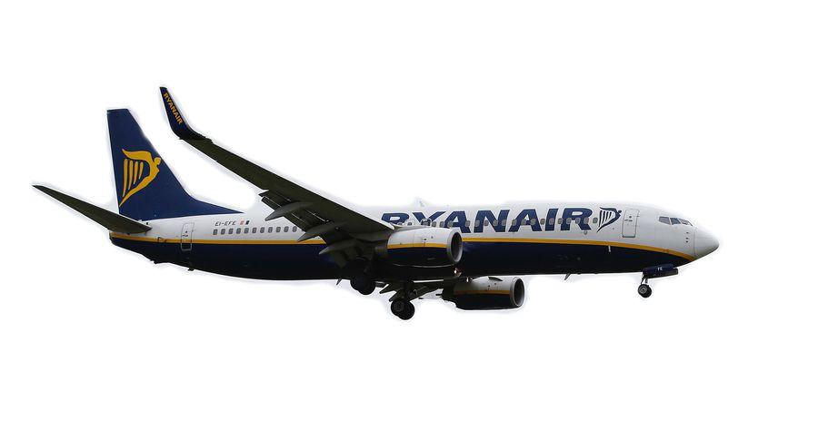 Ryanair начал отменять рейсы изРиги вЛондон
