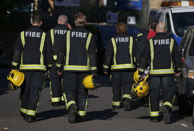Стала известна вероятная причина сильного пожара в многоэтажном высотном здании встолице Англии