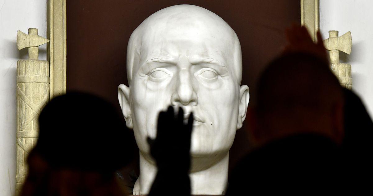 Mussolini hauakamber avatakse tungival nõudmisel aastaringselt