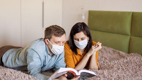 Koroonaviirus on inimesed üle maailma koduseinte vahele sundinud. Foto on illustratiivne.
