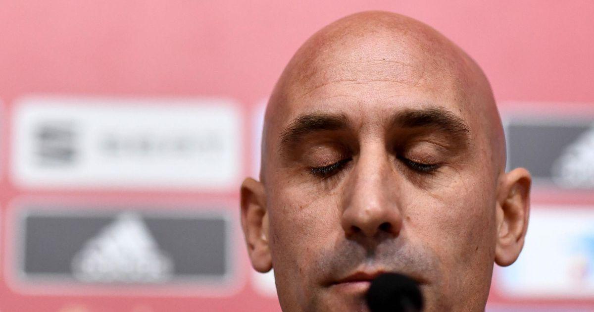 Hispaania jalgpallikoondis vahetas peatreenerit