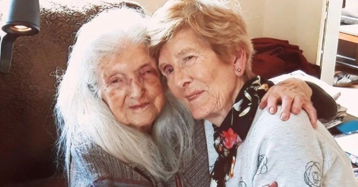 2729d8a3357 Südamlik kohtumine: 81-aastane naine leidis pärast 60 aastat kestnud  otsinguid oma ema