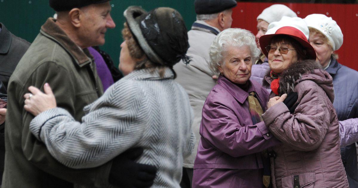 Tudengid plaanivad eakateni tuua kukkumisandurid ja meeleolunupud