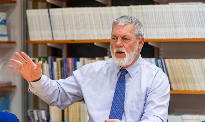 9e8e3daad67 USA demograaf Jerome McKibben on tegelenud prognoosimisega üle 30 aasta ja  koostanud rohkem kui 10 000 rahvastikuprognoosi.