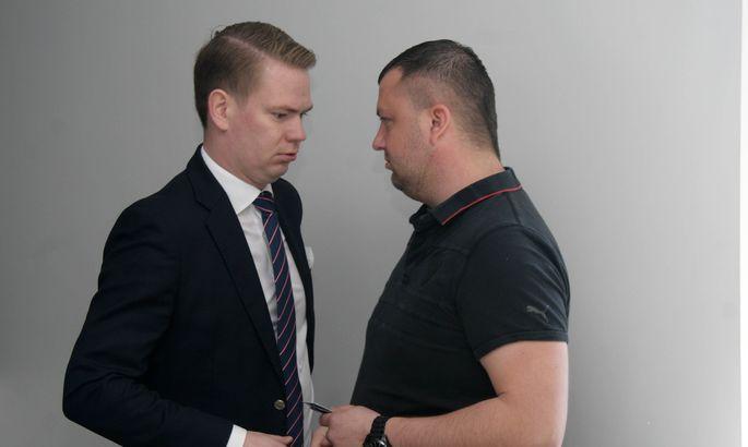 5a1c3c309a5 Alar Seppern (paremal) ja vandeadvokaat Oliver Nääs uskusid, et riigilt on  võimalik tagasi saada 15 000 eurot õigusabikuludeks kulutatud raha, ...