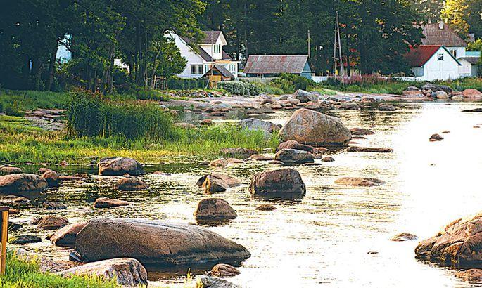 e71993b8790 Käsmu Maaliline vana kaluriküla (esimest korda mainitud 1453. aastal  Aaspere mõisale kuuluva rannana) ja vahva suvituskoht tohutu kivikülviga  Eesti ...