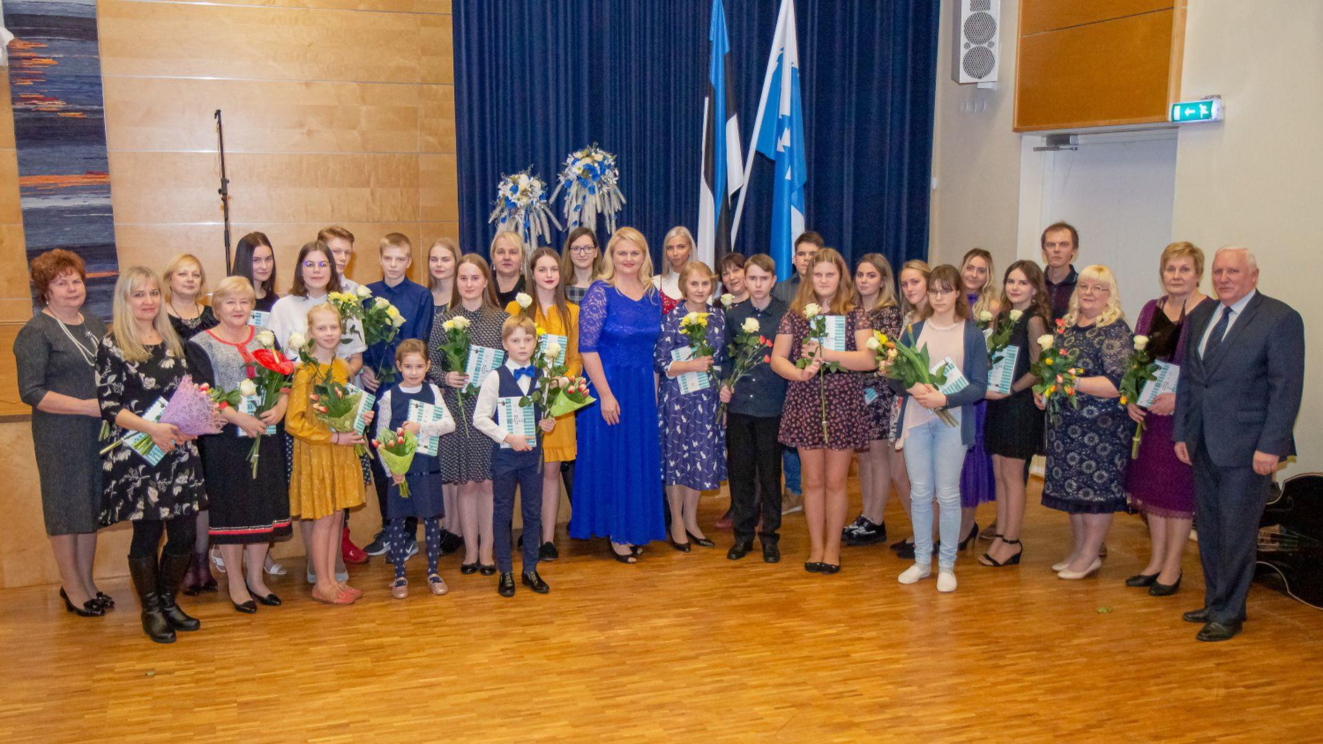 Räpina tunnustas valla õpilasi ja õpetajaid:
