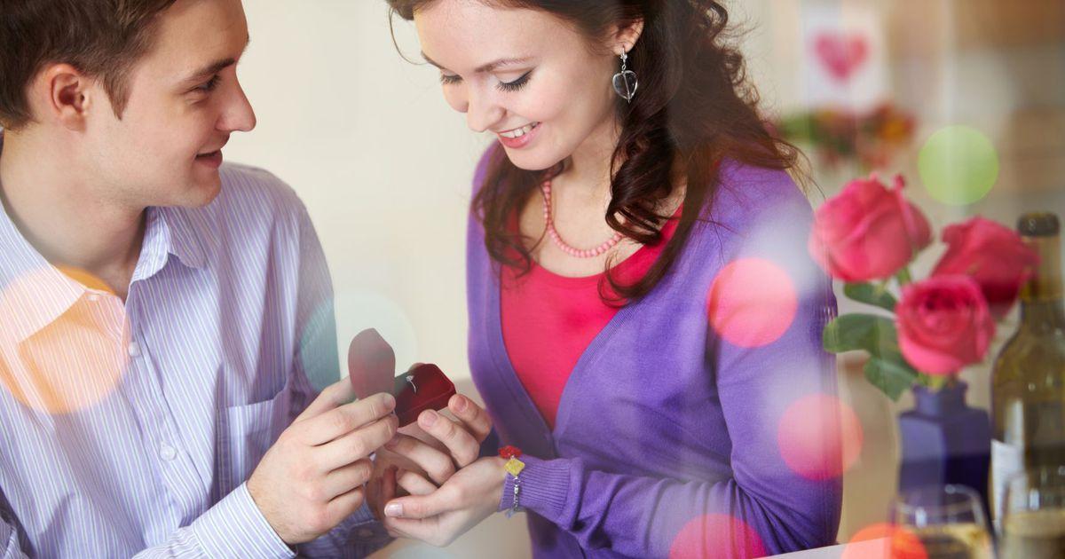 год знакомства выйти предложили замуж спустя