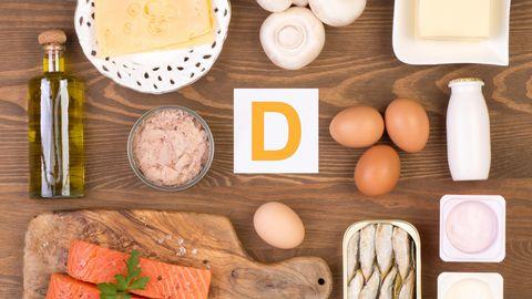 Inimorganism saab enamiku tarvilikust D-vitamiinist päikesest, kuid seda leidub ka mõnes toiduaines.