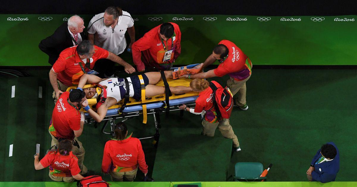 француз сломал ногу на олимпиаде фото однажды