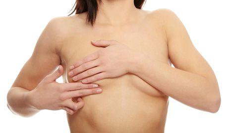 Rinnaoperatsioon võib aidata tugevdada ka rindkere lihaseid, mis säästaks tulevastest terviseprobleemidest. Mari kardab enim, et täitub arstide ennustus ning parem käsi ja pool külge vajuvad tulevikus alla. Pilt on illustratiivne.