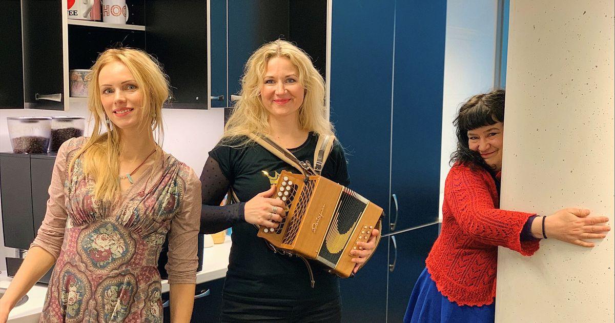 «Naised köögis» esitas raadio Elmar köögis oma uut lugu