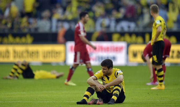 c55154973fa Dortmundi Borussia pole Bundesligas tänavu enda mängu käima saanud. Foto on  tehtud pärast koduväljakul Hamburgeri käest saadud kaotust.