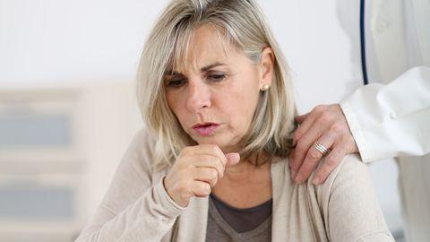 Kopsupõletikuga kaasneb täiendavalt sümptomeid.
