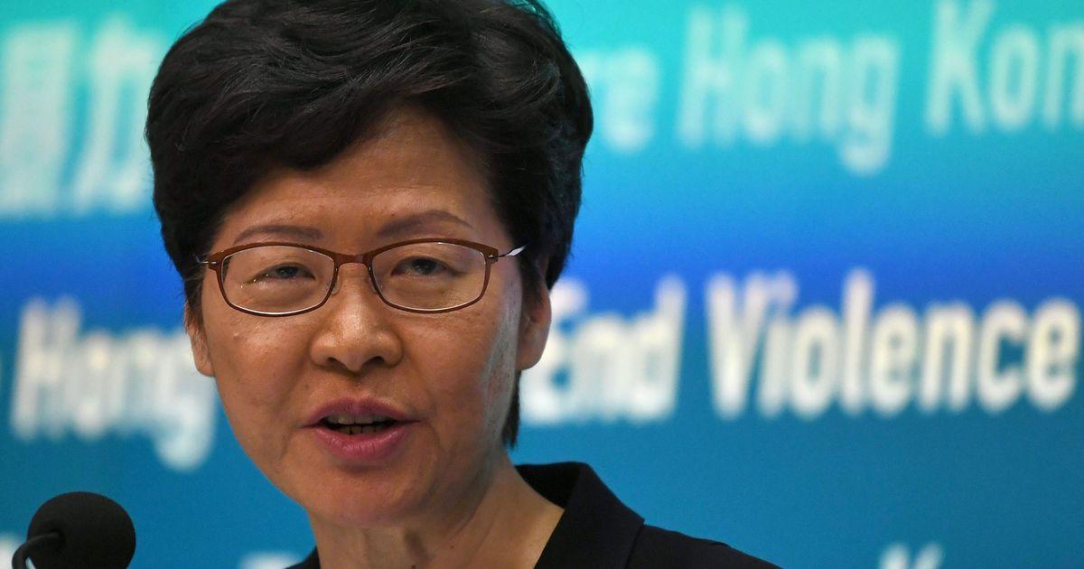 Opositsioon nurjas Hongkongi liidri aastakõne