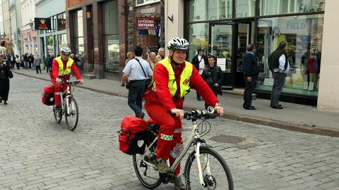 Jalgrattapatrull Tallinna vanalinnas.