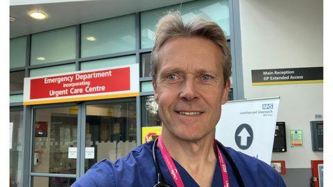 Dr Mark Harmon on erakorralise meditsiini arst Londonis ja eConsult lahenduse strateegiajuht.